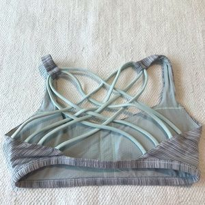 LULULEMON 6 sports bra